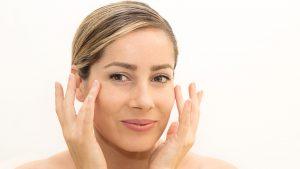 como-evitar-las-arrugas-prematuras-del-rostro-1920